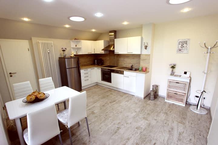 50 m², gemütlich, modern eingerichtete Wohnung