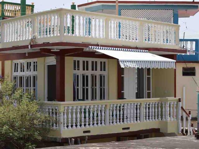 CASA YANIXIA - Baracoa - Rumah