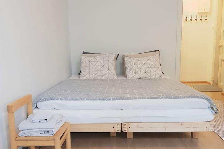 Comfortable 160cm wide bed.