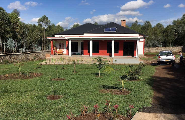 Private Paradise, Ruhengeri, 30min from Virunga NP