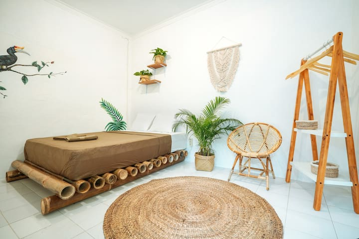 Private Double Room in the heard of Yogyakarta
