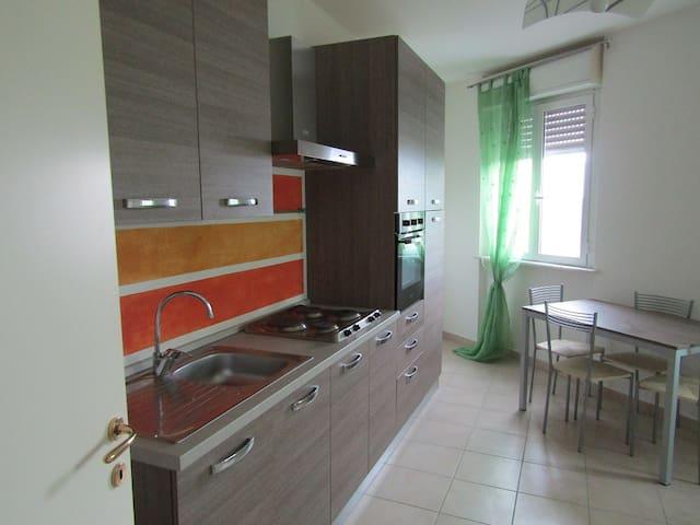 Appartamento zona strategica per 5 terre e La Spez - Ceparana