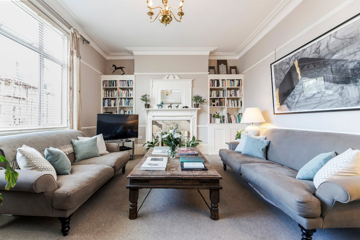 Chic Apartment Retreat Close to Richmond Park