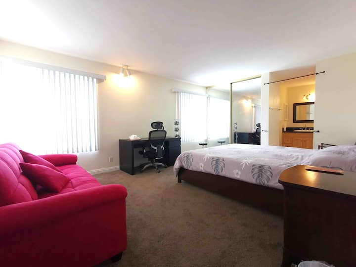 private room,cal king size bed,hacienda heights,E