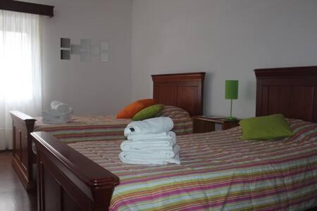Lovely 3BR Ponta Delgada Apartment - Ponta Delgada