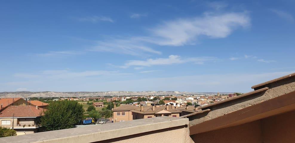Nice house 18minutes to Zaragoza
