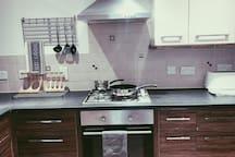 Duplex serviced apartment near L&D hospital and M1