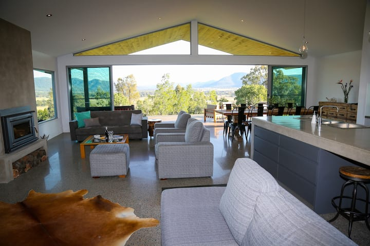 PINDARA || modern living with awesome views