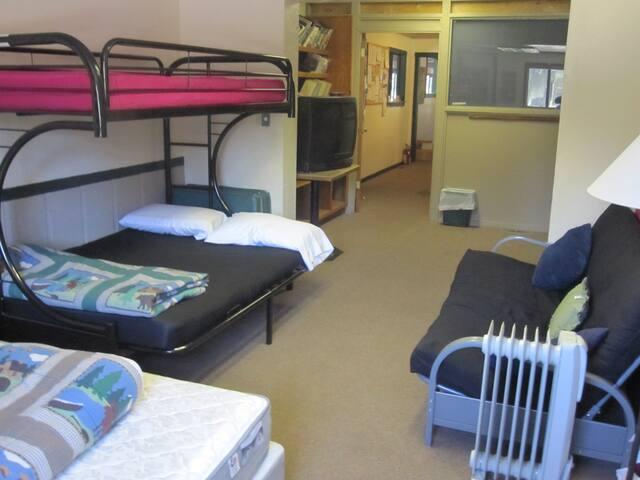 GROUP BUNK ROOM-Tamarack Lodge-BRING SLEEPING BAGS