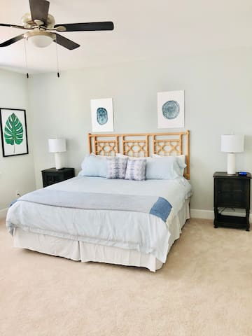 """Bedroom 3 - Large Master bedroom with Tempurpedic Mattress and 50"""" Samsung HDTV and walk-in closet!"""