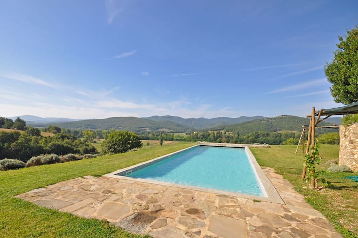 Tinaia, sleeps 4 guests in Anghiari - Anghiari