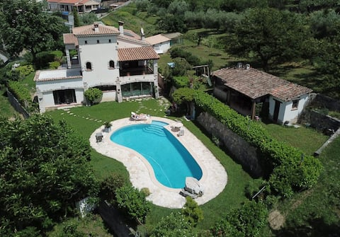 Grande  Chambre Partagée - Villa Amandine