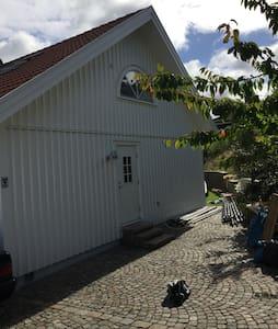 Havsnära / Sea-location W.Göteborg - Göteborg - Huis