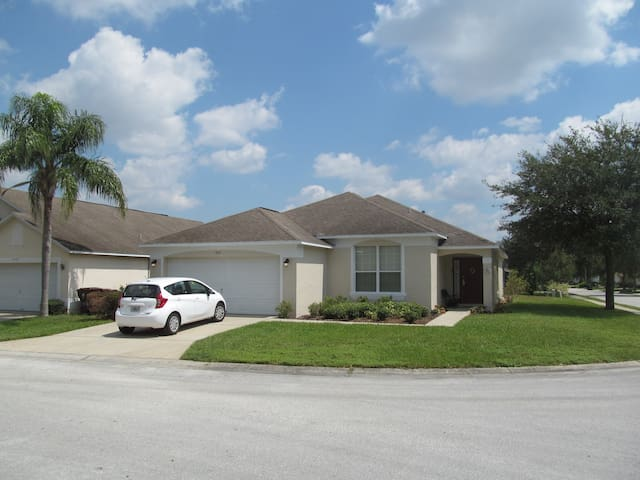 Southern Dunes Golf, poolhome, close to Disney
