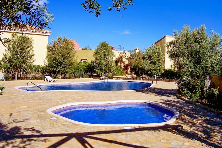 Beautiful 3-bedroom villa with pool - Cuevas del Almanzora