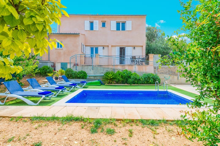 CAN SITO DES MORULL - Villa with private pool in LLOSETA. Free WiFi