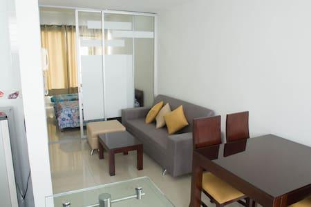 Central y cómodo apartamento - Moderno Loft!