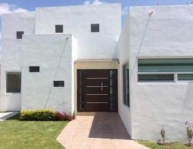 Hermosa casa con amplios espacios !!!!! - Tlayecac - House