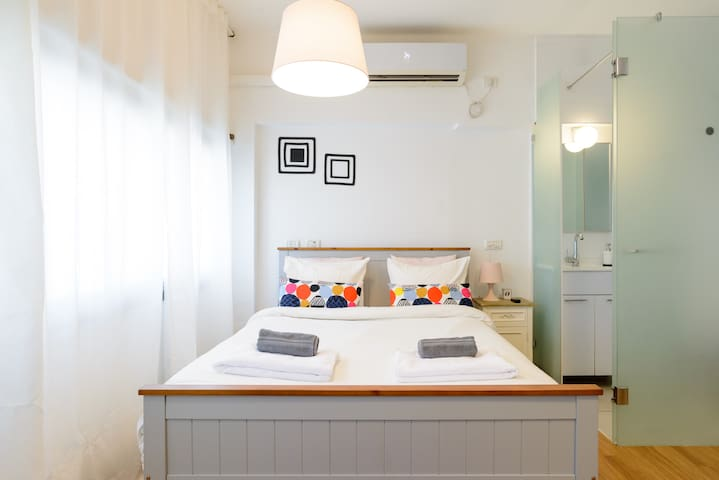 Designer Studio ☆Apartment in Central ☆Tel Aviv