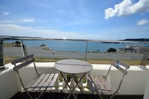 Luxurious two bed apartment with spectacular sea views
