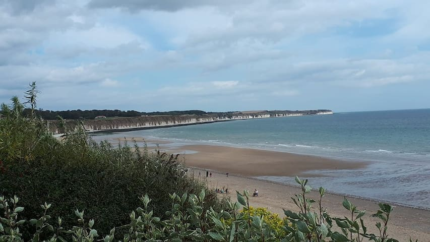 Tidy 2 Bed Apartment near the sea in Bridlington