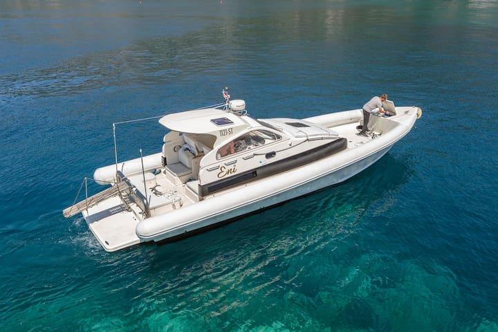 Premium speed boat- apartman, transfer, excursion - Split - Barco