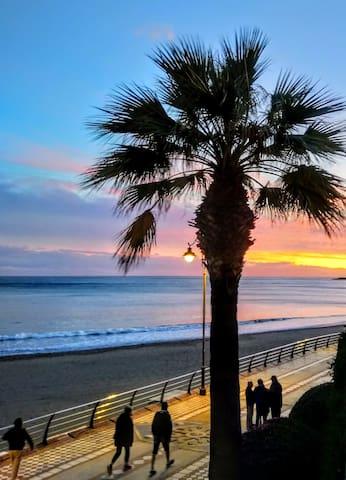 Playa santa Ana y el paseo marítimo foto el 27 de noviembre 2019