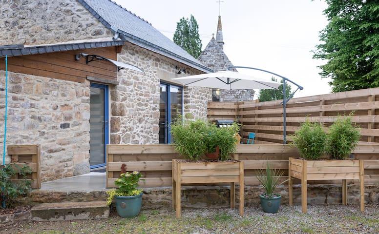 """Colpo: maison bretonne """" les hortensias"""""""