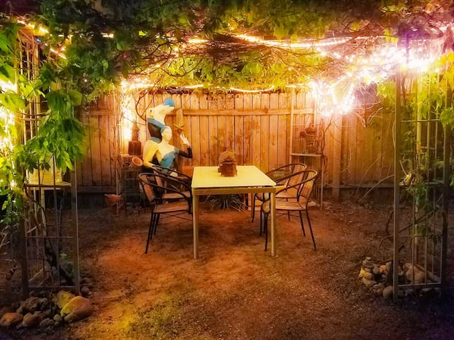 But before sleep, take your visit outside. Lounge in the grapevine covered gazebo.