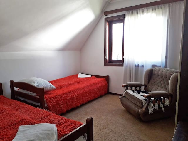 Old Guest House 1964 - private twin room