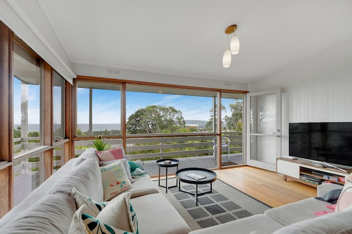 Bayside Escape - Amazing views of the bay and city
