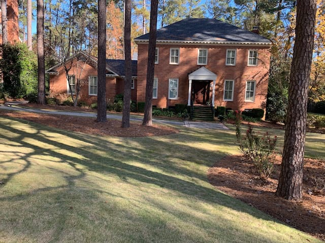 Beautiful Home close to the Masters