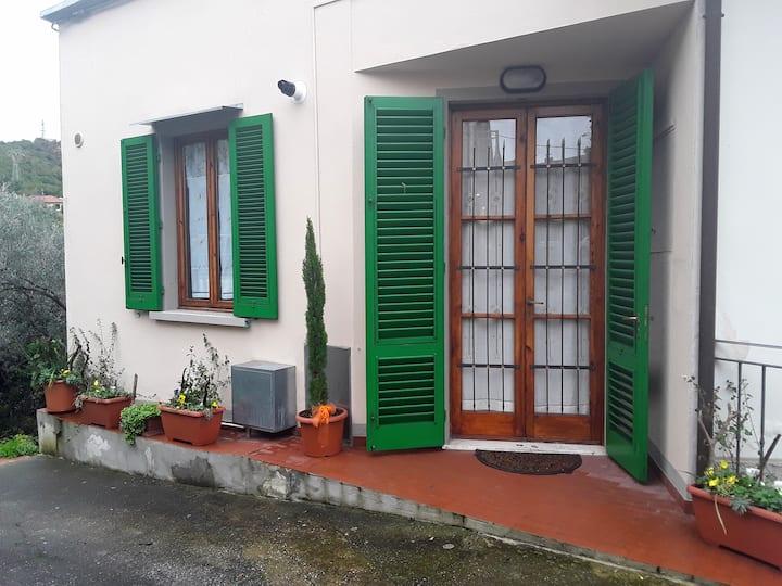 Holiday apartment 'La Casina di San Baronto'