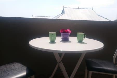 Bizim Ev qonaq evi - Our House guest house
