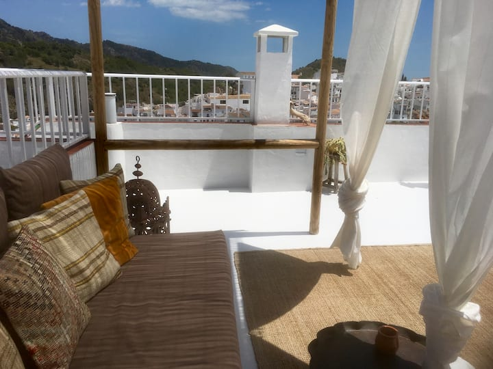 Los Nidos Apartments, First Floor, Frigiliana.