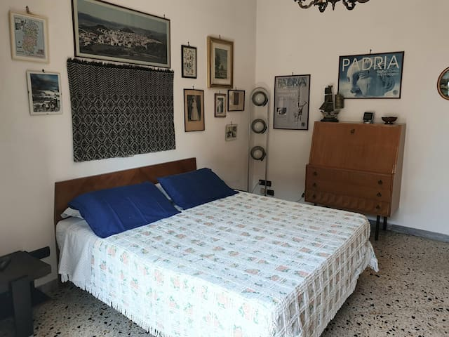 Casa Elena (Wifi-free parking-air conditioning)