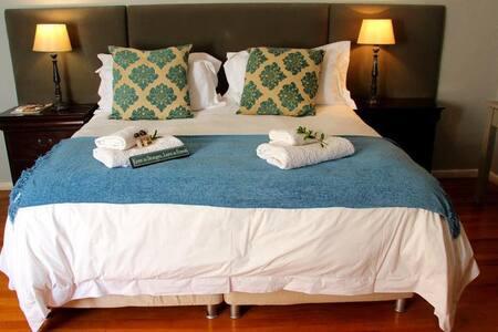 En-suite Room 02