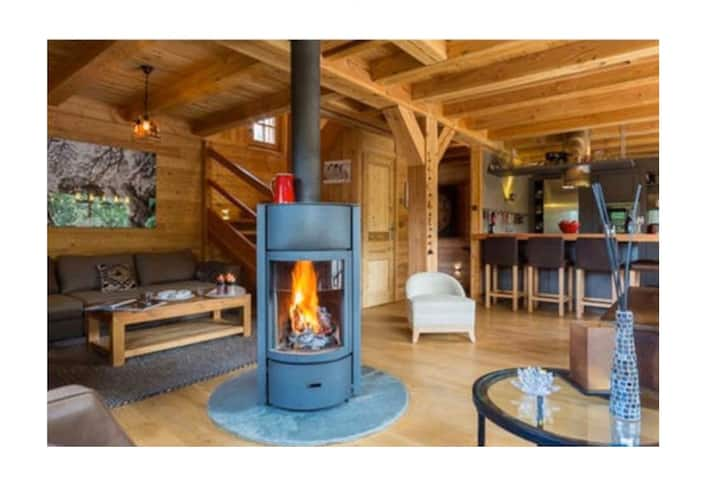 Perfect Chalet Southern Alpes Sunny w/ views