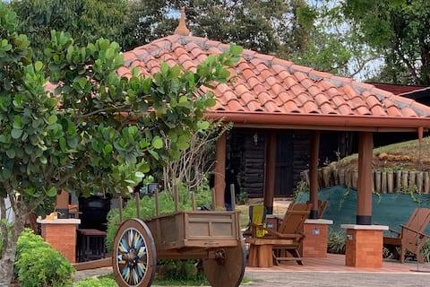 San Agustín - Una casita rural