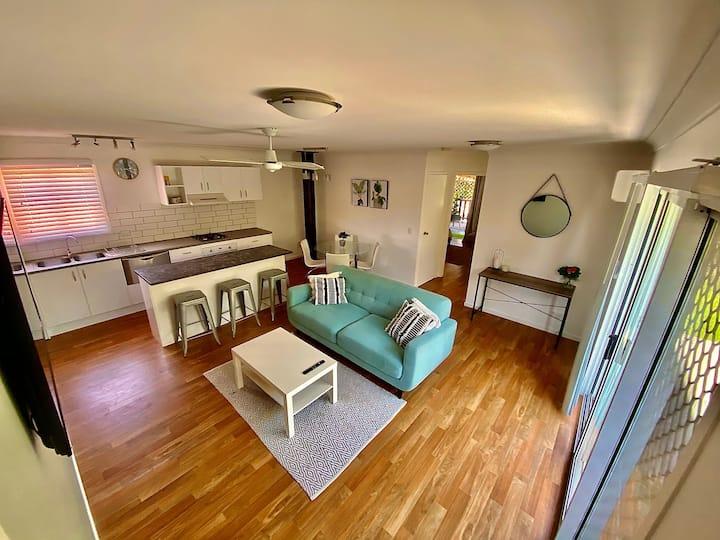 Mudgeeraba One Bedroom Gold Coast Apartment