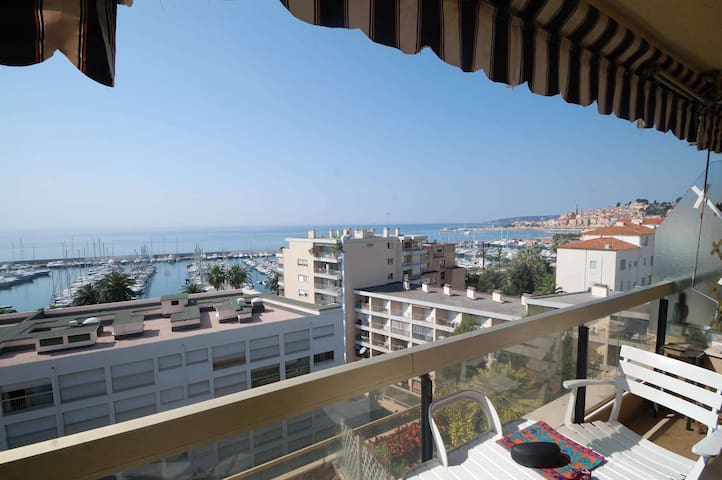 74 - Beautiful 2rooms apartment with magnificient sea view and garage - MENTON - อพาร์ทเมนท์