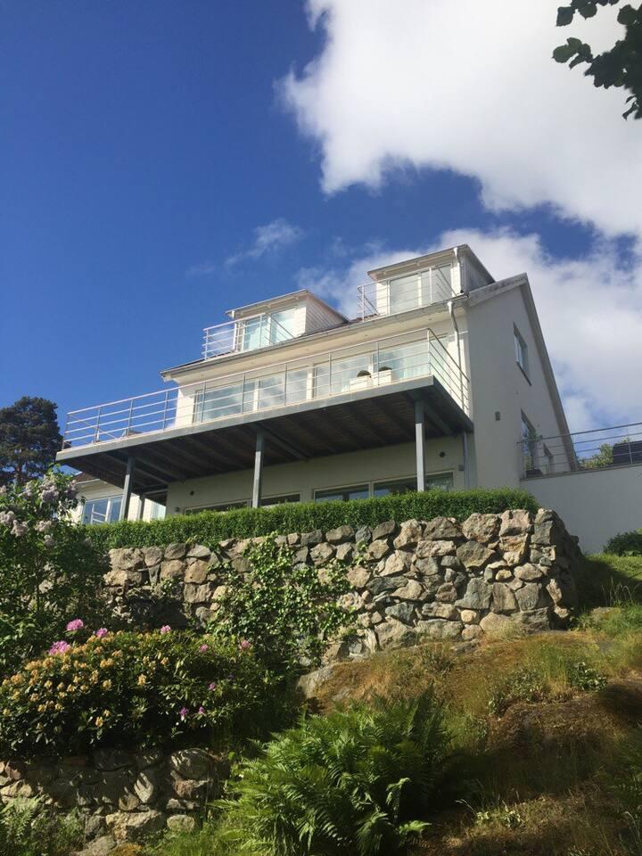 Modern villa with stunning seaview