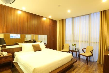 au viet hotel in my dinh - Cửa Nam