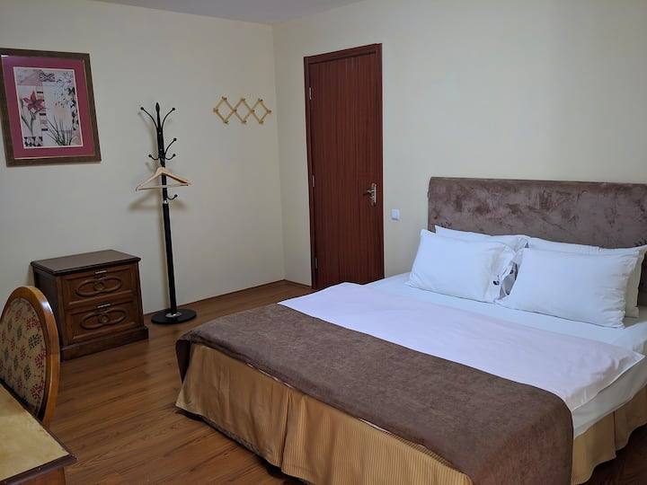 Shino Hotel - Double Room With Balcony