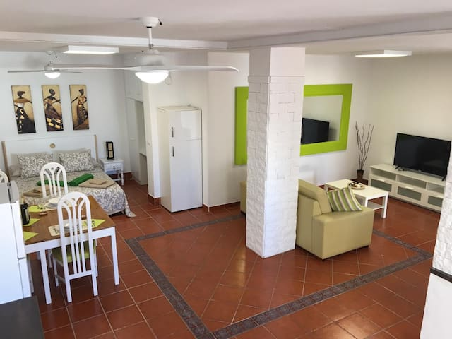 Tenerife holiday home in La Jaca 250m from the sea
