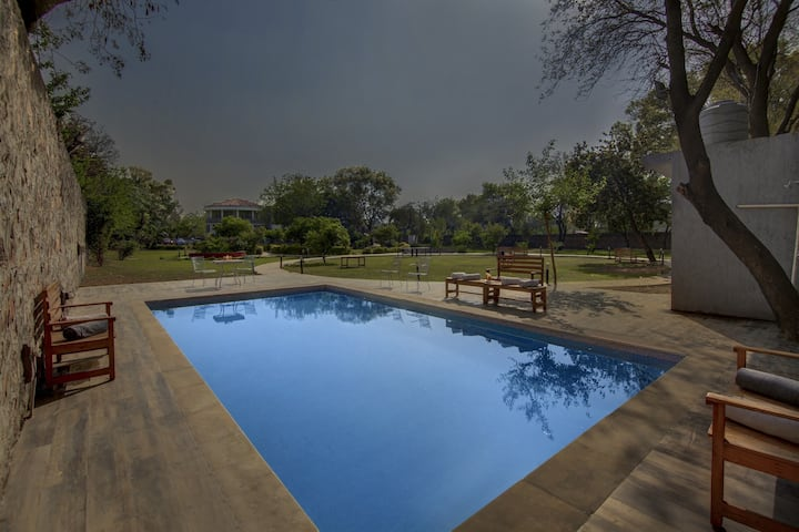 5BHKLuxuryVilla /Private Pool/Party/Event/Stay/fun