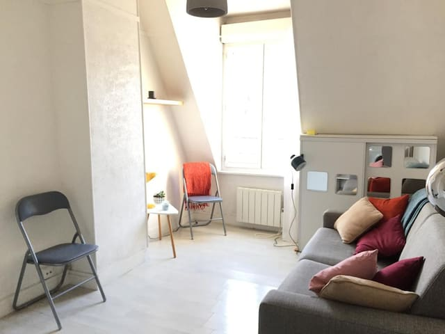 Charming studio close to Canal Saint-Martin