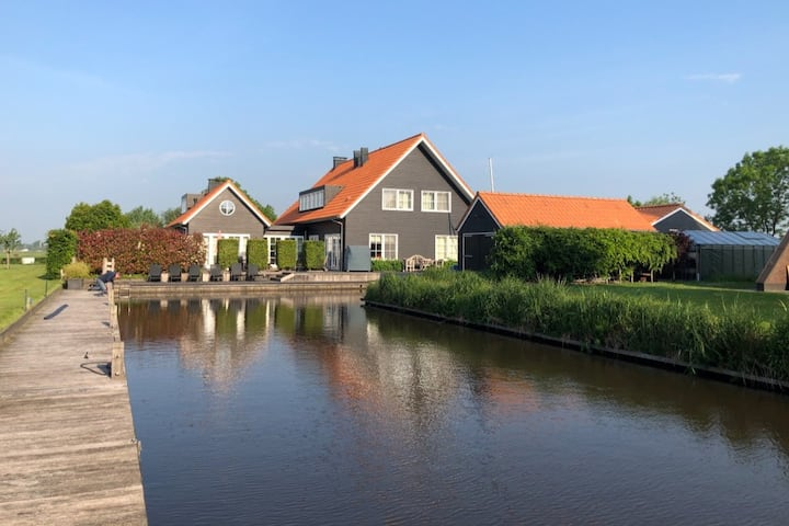 B&B aan het water in Friesland - Kamer Nautic