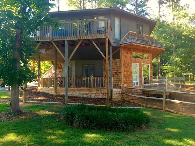 The Tree-Deck House of Lake Norman, NC - Mooresville - Huis