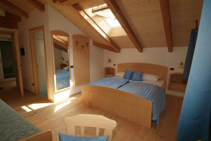 room for 4 in the heart of Dolomite - Tesero